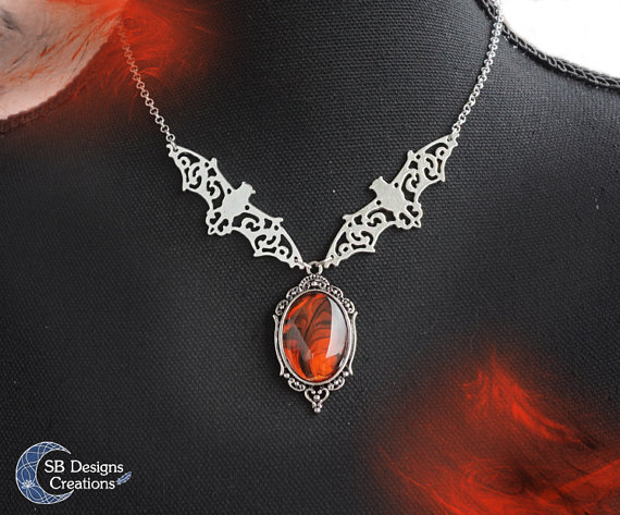halloween-jewelry-handmade-halloweeniscoming-sbdesignscreations-susannebotboer-vampiric-nights