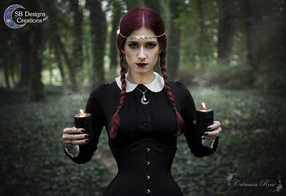witch-photoshoot-moon-jewelry-crimsonredrose-sbdesignscreations-internet