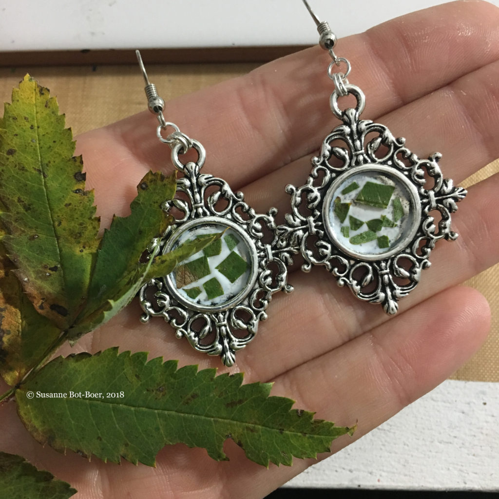 Rowan-Leaves-Witch-Earrings-Jewelry-with-meaning-Work-in-Progress-Fantasy-Artist